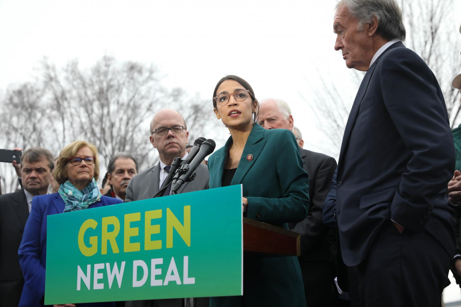 AOC announcing the Green New Deal. Source: https://upload.wikimedia.org/wikipedia/commons/9/99/GreenNewDeal_Presser_020719_%2826_of_85%29_%2846105848855%29.jpg