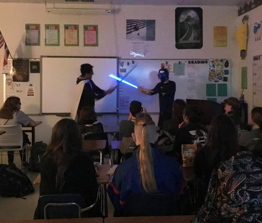 AP+English+4+students+watch+their+classmates+perform+Hamlet+as+a+sci-fi+epic.