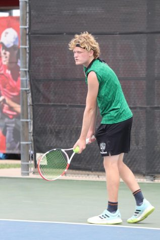 Collin Clark is the First Azle Student to Advance to Regionals in Tennis