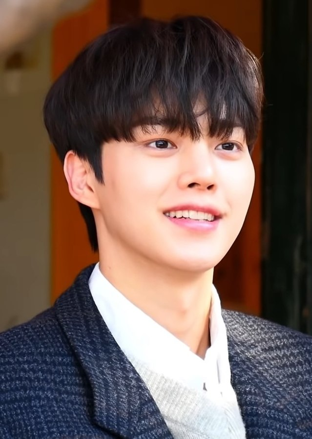 Actor+Song+Kang%2C+who+played+as+Cha+Hyun-Soo+in+Sweet+Home.